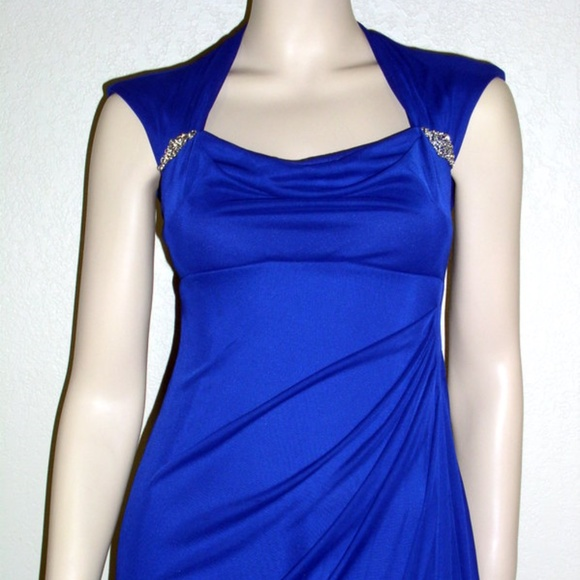 Xscape Dresses & Skirts - Xscape NWT Sleeveless Ruched Back Long Formal